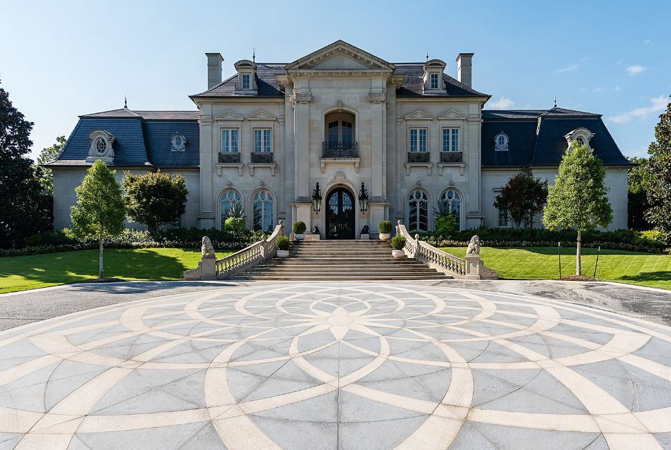 The grand Preston Hollow estate is at Park Lane and Inwood Road.