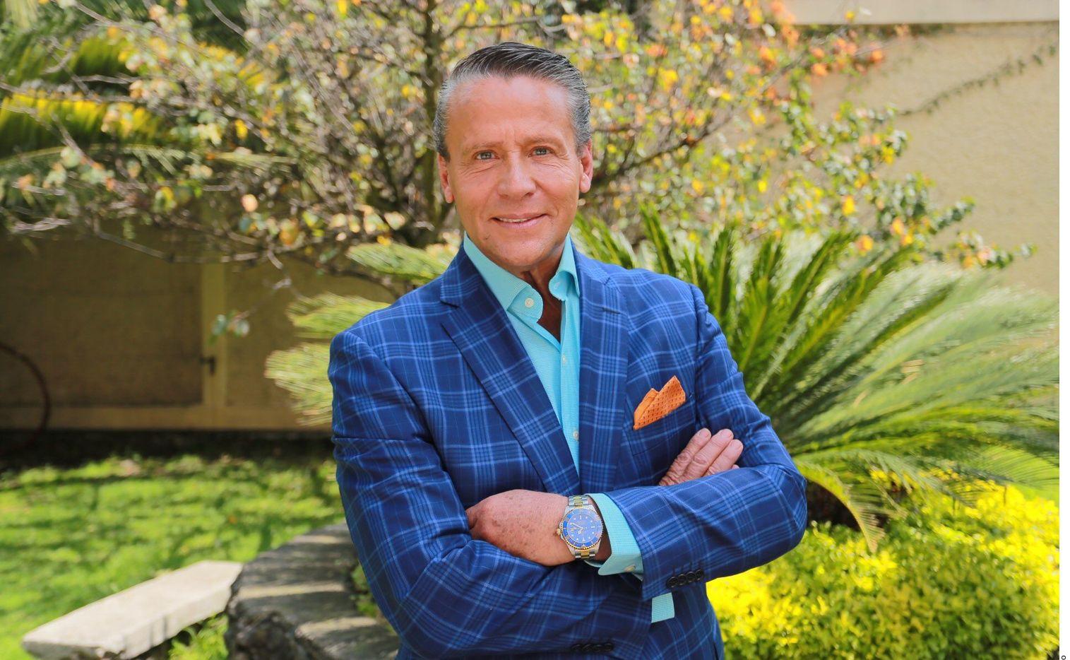 Un juez vinculó a proceso a Alfredo Adame, actor y candidato de Redes Sociales Progresistas, por no avisar cambio de domicilio fiscal al SAT.