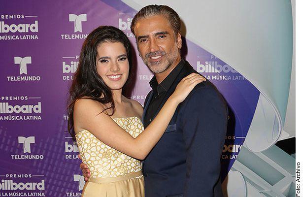 Alejandro Fernández se convirtió en abuelo, pues su hija Camila y su esposo, Franco Barba, recibieron a su primera hija juntos.