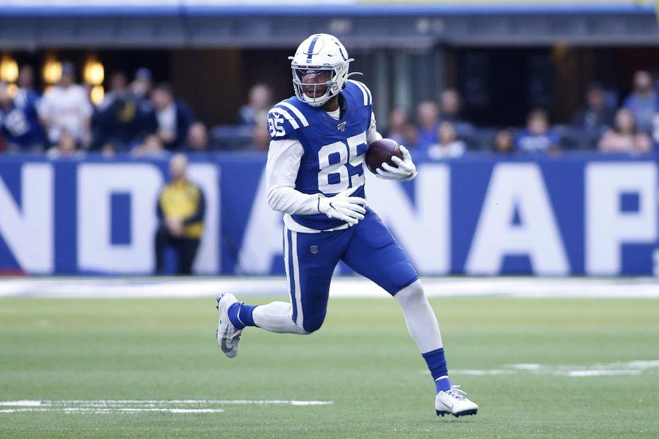 El ala cerrada de los Colts de Indianápolis, Eric Ebron, sería un gran refuerzo para el esquema ofensivo de los Dallas Cowboys.