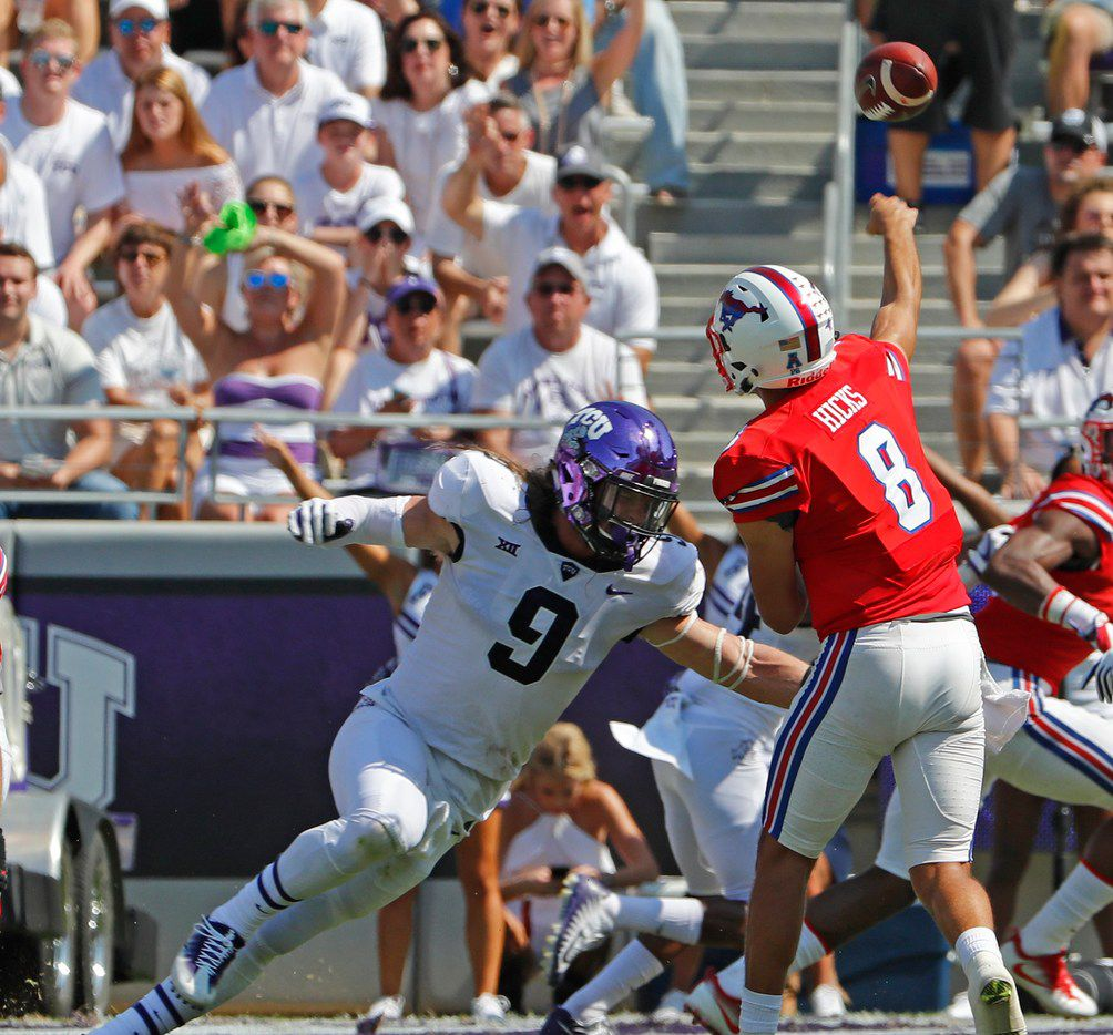 TCU Horned Frogs defensive end Mat Boesen (9) drives in on Southern Methodist Mustangs quarterback Ben Hicks (8) in the first quarter as TCU beats SMU 56-36 in their annual Iron Skillet game in Fort Worth, Saturday, September 16, 2017. ORG XMIT: B7310934504Z.1