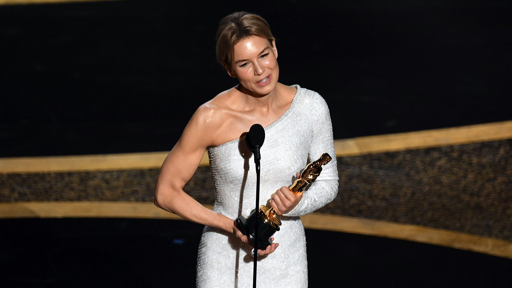 """Renée Zellweger accepts the Actress in a Leading Role award for """"Judy"""" onstage during the 92nd Annual Academy Awards at Dolby Theatre on Sunday, Feb. 9, 2020 in Hollywood, Calif."""