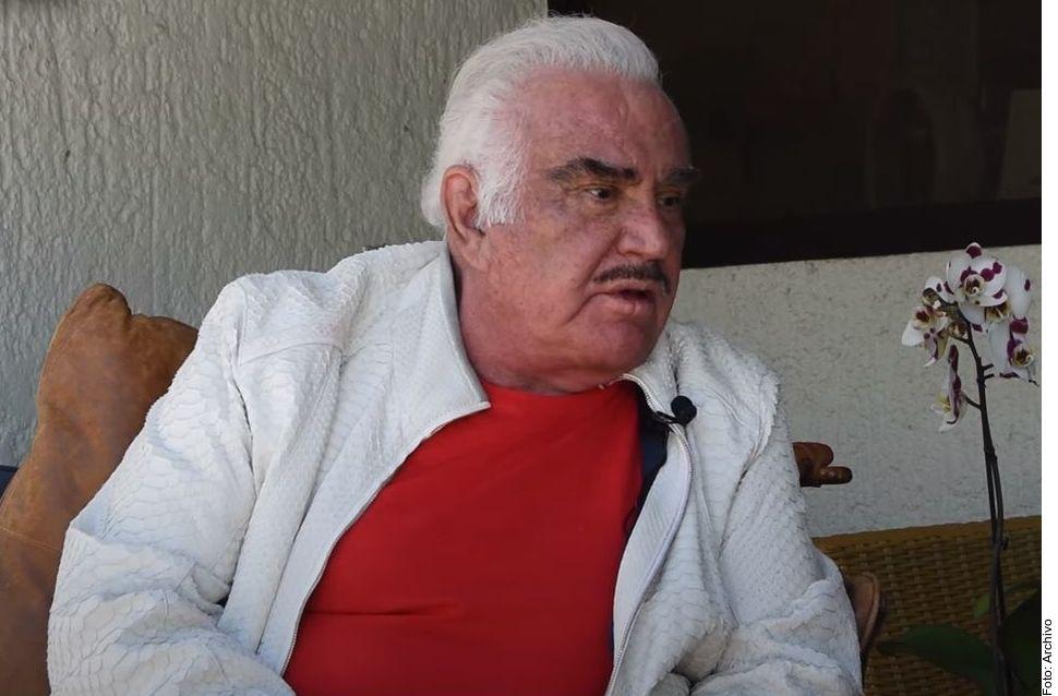 Vicente Fernández, de 81 años, se encuentra hospitalizado en Guadalajara.