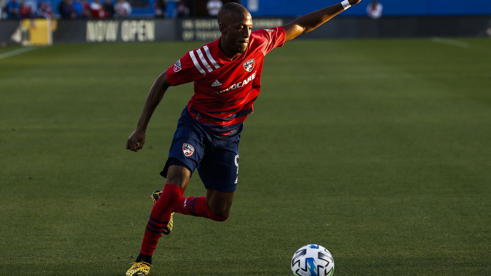 FC Dallas attacker Fafa Picault (9) makes a pass during the first half of an MLS soccer match between FC Dallas and Philadelphia Union on Saturday, Feb. 29, 2020 at Toyota Stadium in Frisco, Texas.
