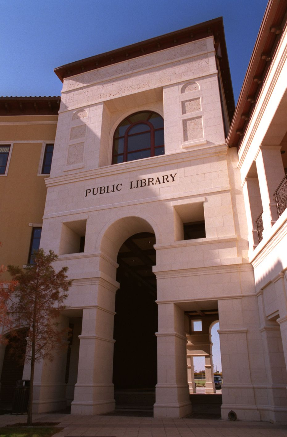 December 6, 2003. Front view of Colleyville's new library.