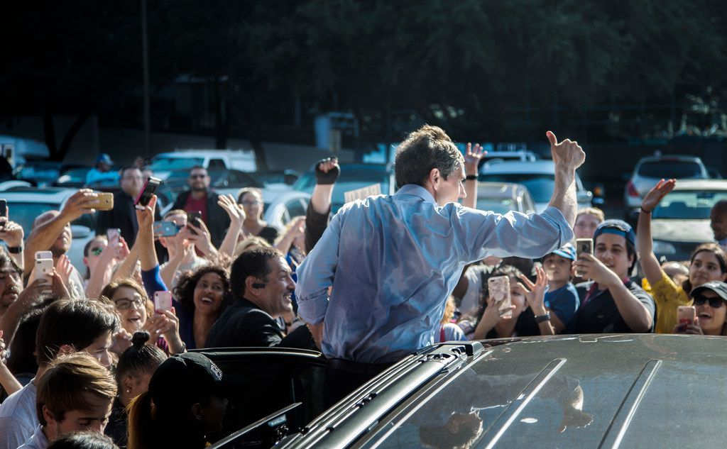 Beto O'Rourke waved goodbye to supporters after a rally during his last stop in North Texas before Election Day at Magnolia Park Cities Hotel in Dallas on Nov. 5, 2018.
