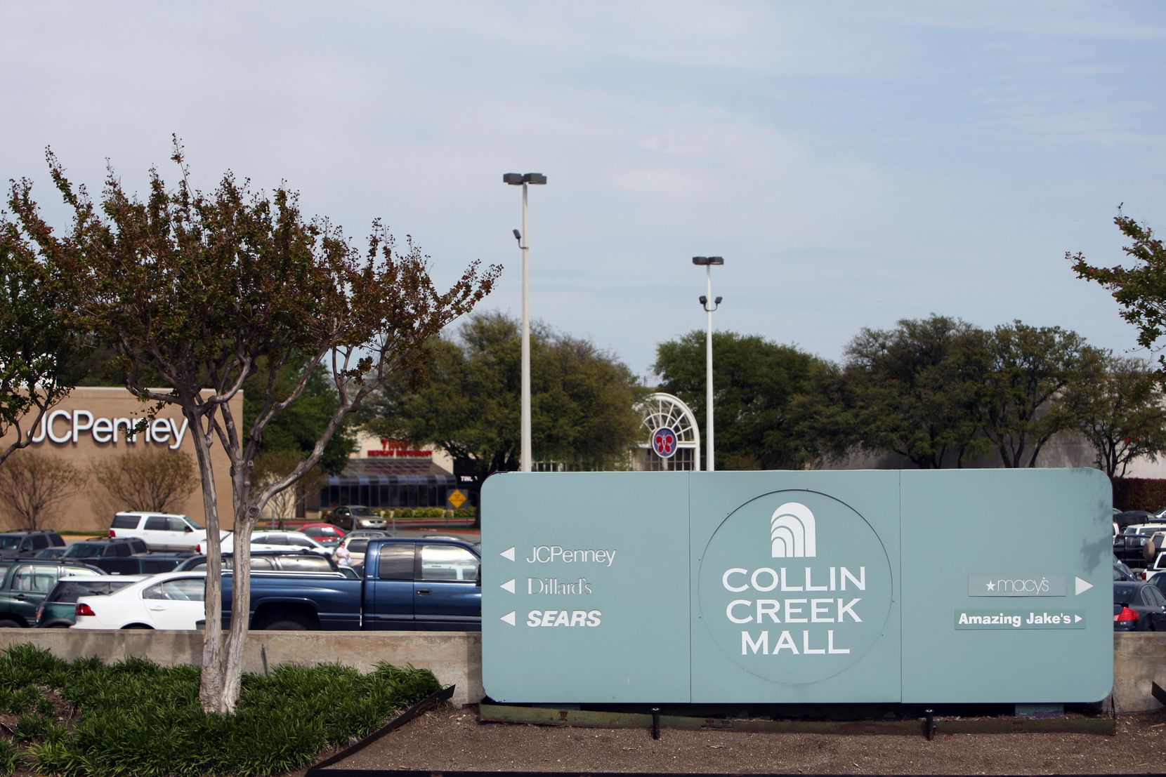 Collin Creek Mall in Plano opened in 1981 and has lost many of its retail tenants.