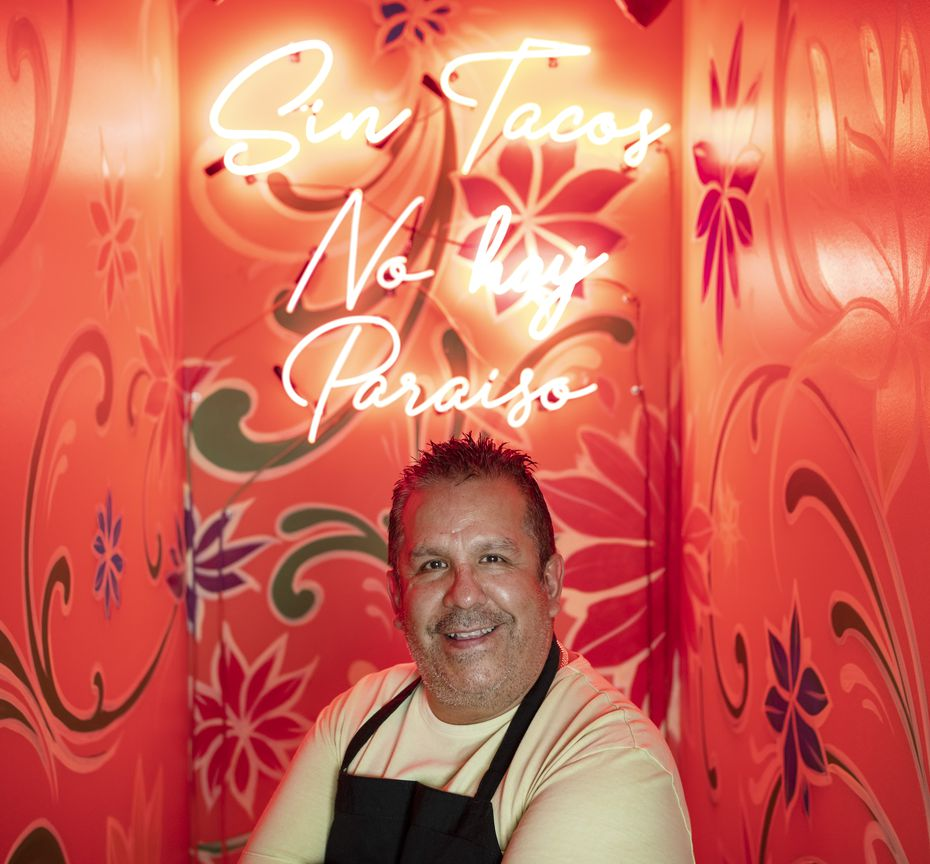 """Jesus Carmona had a neon sign installed at Milagro. It's a spoof from a telenovela and says """"Without tacos, there is no paradise."""""""