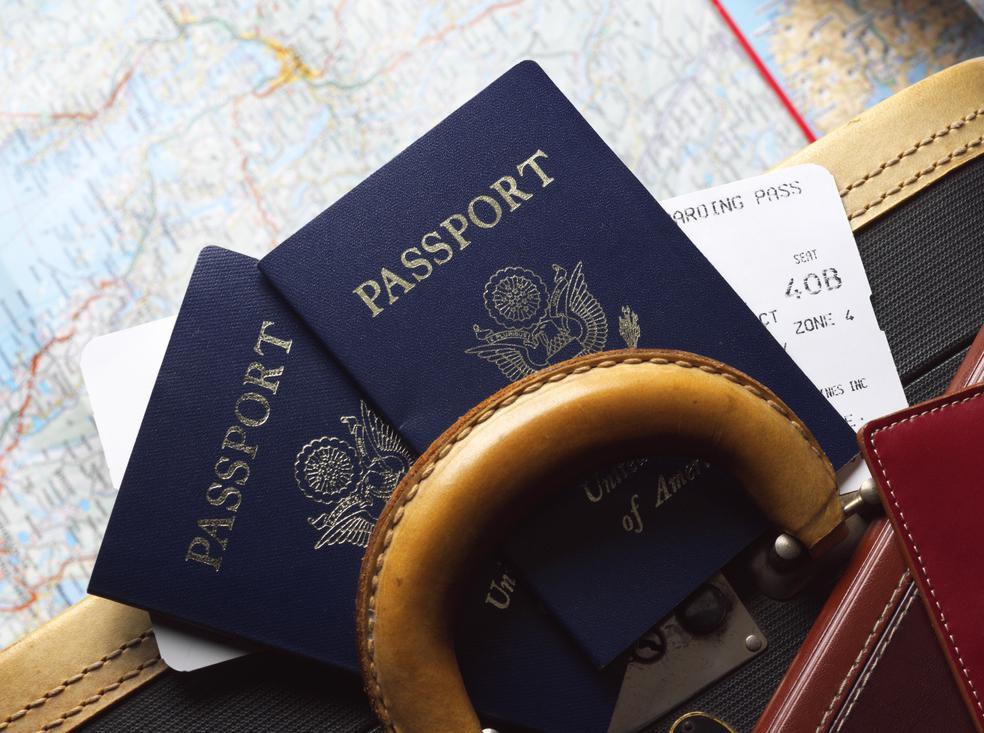 Pasaportes de Estados Unidos, necesarios para viajar fuera del país.(GETTY IMAGES)