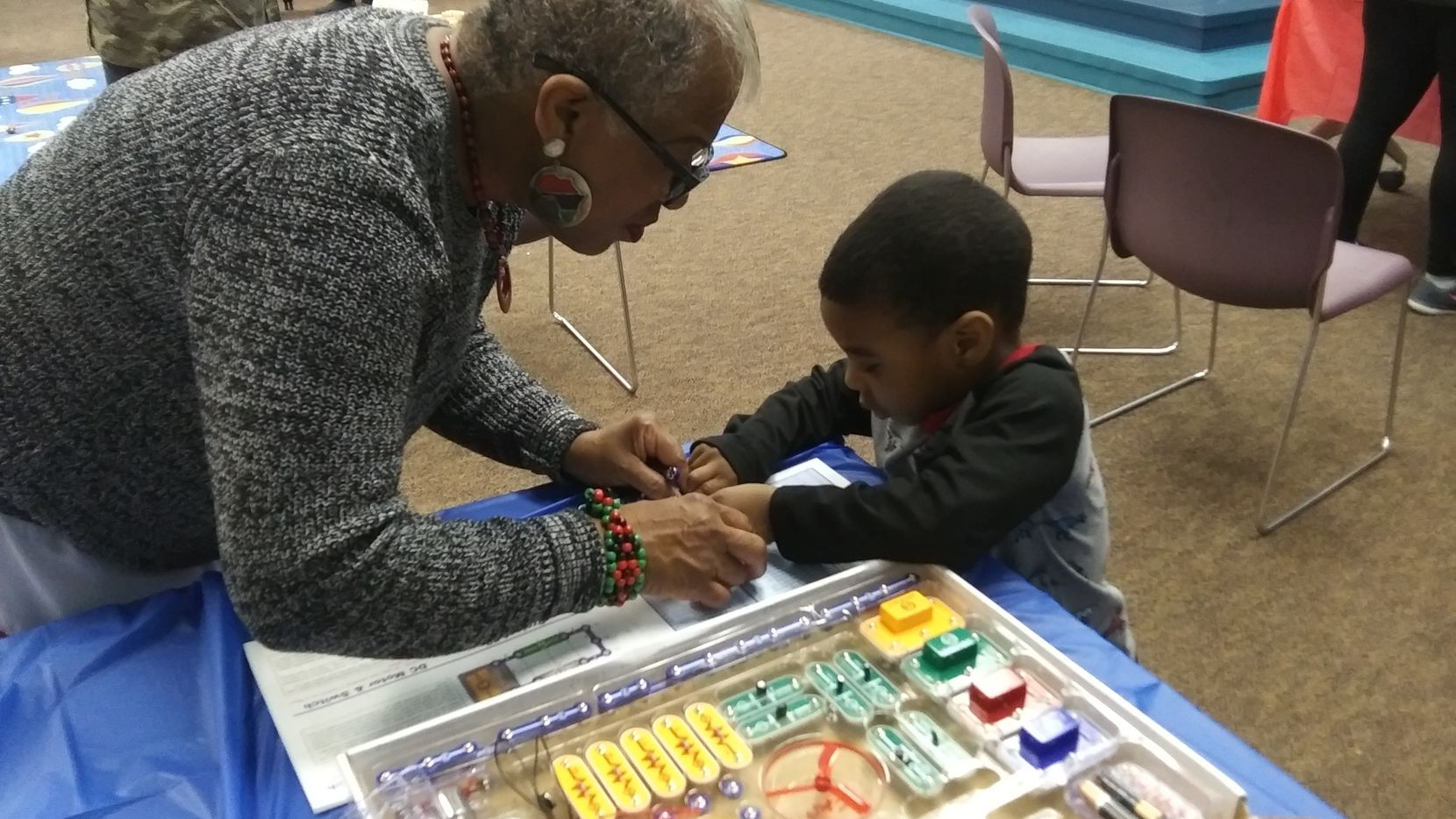 "In 2019, the topic of DeSoto Public Library's Saluting Black Achievements was ""Celebrating African American inventors."" Science maker stations were the activity."