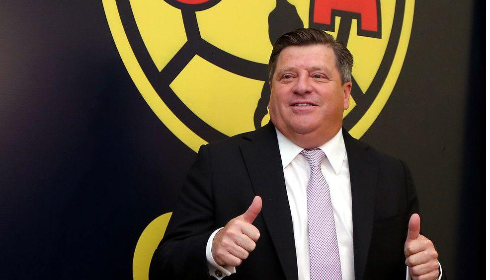 Miguel Herrera aclaró que las contrataciones no se harán con base a quiénes son los jugadores más caros en el mercado, sino con mayor conciencia sobre lo que en realidad necesita el equipo./ AGENECIA REFORMA