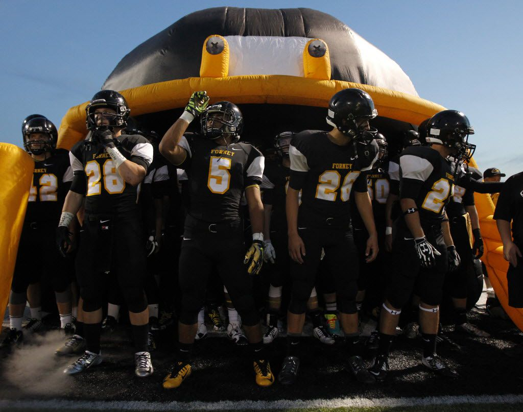 TXHSFB Forney players prepare to take the field before the start of the football game between Forney Hight School and Royse City High School in Forney, Texas, Friday, September 26, 2014. Mike Stone/Special Contributor