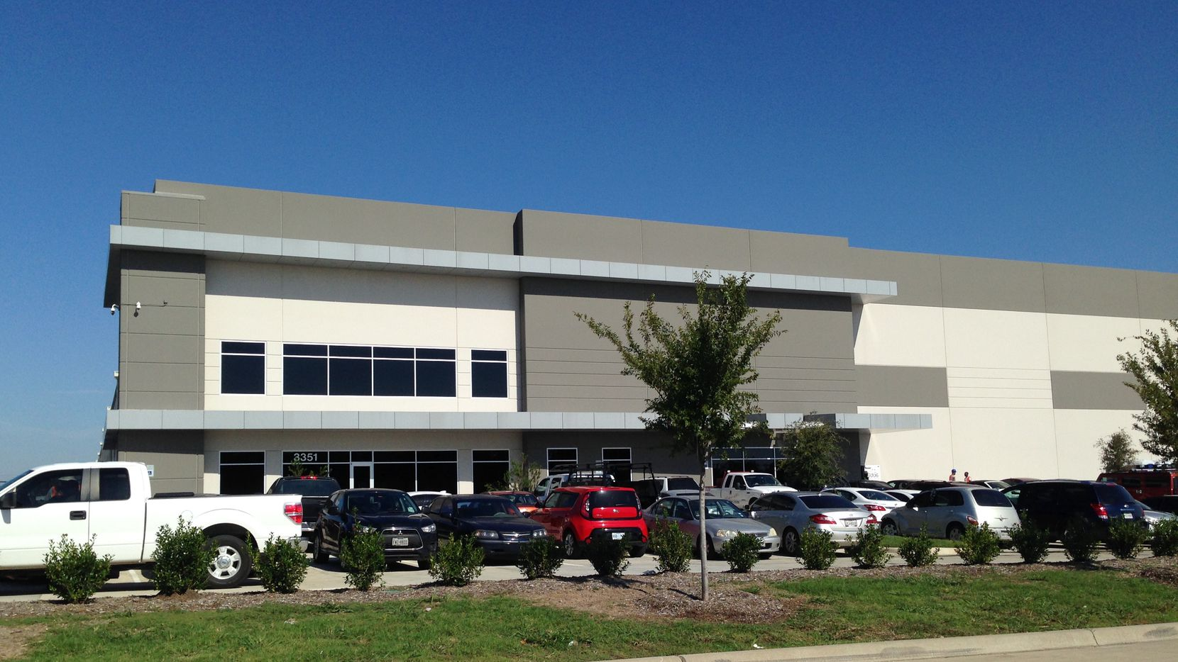 Amazon has rented space for a large fulfillment center in the DalParc Logistics Center.