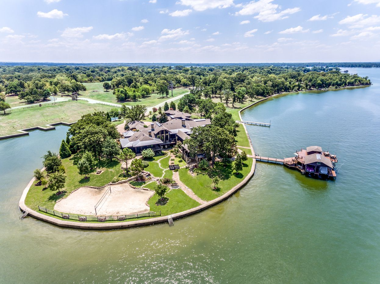 A look at the property at 4370 Palm Drive in Caney City, Texas.