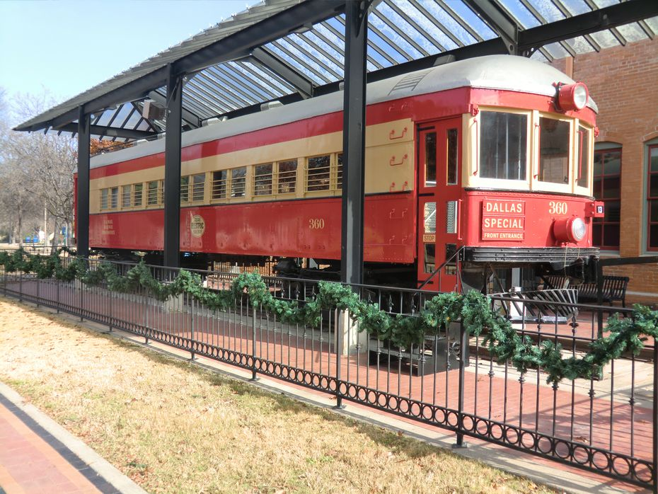 At Plano's Interurban Railway Museum, visitors can see an example of the Texas trains that once crisscrossed the largest urban trail network west of the Mississippi. This railway is similar to the ones that would pass through Allen in the early 20th century.