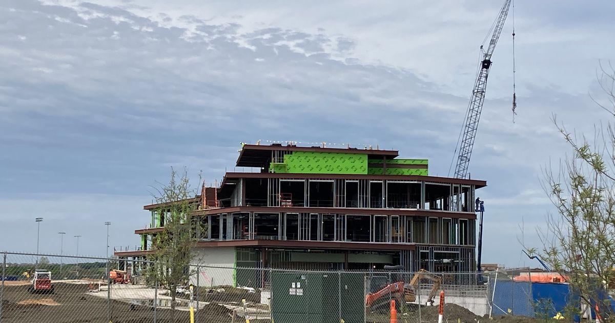 Top Dallas-Fort Worth contractor picks new regional president