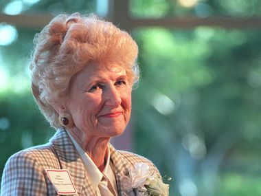 Edith O'Donnell appears at the Dallas Horticulture Center at Fair Park in a 1998 file photo. O'Donnell died Saturday at her home. She was 94.