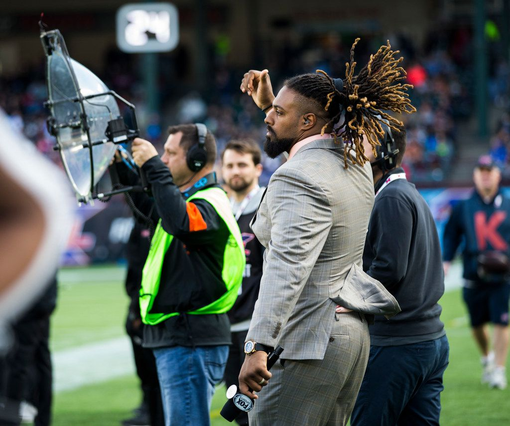 FOX Sports sideline reporter and New Orleans Saints defensive end Cam Jordan dances on the sideline during an XFL game between the Dallas Renegades and the New York Guardians on Saturday, March 7, 2020 at Globe Life Park in Arlington. (Ashley Landis/The Dallas Morning News)