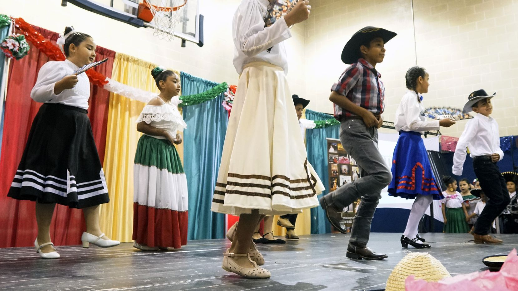 There'll be dancing in Irving for Cinco de Mayo, this time at Irving Mall. In 2019, children from Fine Arts Mentoring Amigas performed at Irving's Lee Park.