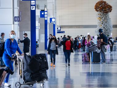 La terminal D del Aeropuerto Internacional Dallas-Fort Worth recibe la mayoría de los vuelos internacionales.