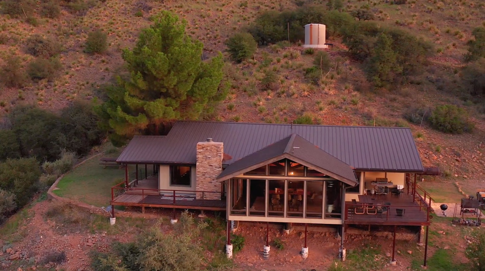 Fox Canyon Ranch includes a hunting lodge.