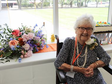 Jane Yates, 100, the University of Texas at Dallas' oldest living alumna, earned a bachelor's degree in English and graduated summa cum laude in 1978. A lifelong learner, Yates went back to college at age 50. Her birthday celebration in June 2021 honored her accomplishments and contributions to the community.