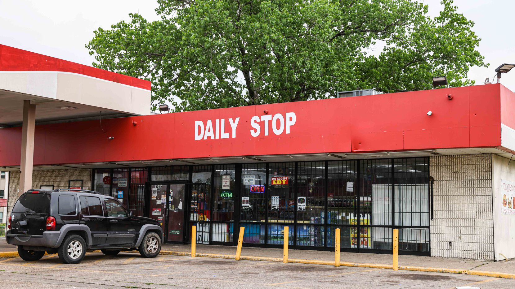 A convenience store located at a gas station between N St Augustine Drive and Bruton Road in Dallas on Monday, April 12, 2021. Malik Tyler, a 13-year-old, was leaving the convenience store with two friends on Tuesday, June 4, 2019, as a vehicle passing on Bruton, opened fire on one parked at the store. Malik was shot once in the chest and died at a local hospital. (Lola Gomez/The Dallas Morning News)