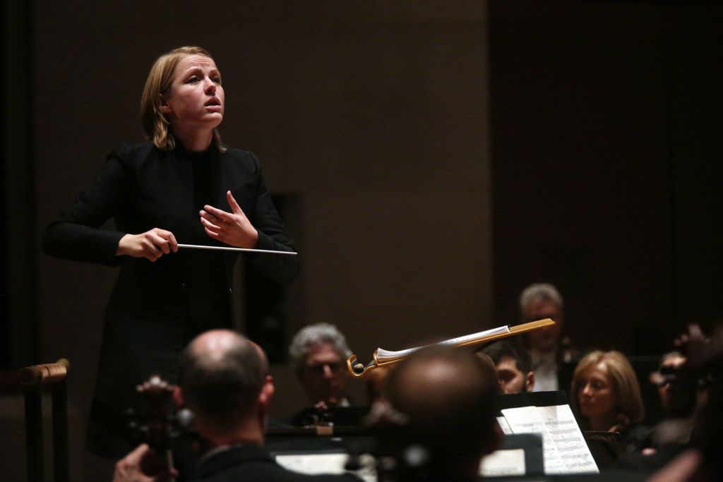 Assistant conductor Ruth Reinhardt leads the Dallas Symphony Orchestra on Thursday.