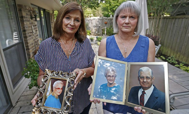 """""""I just never felt good about the way she died,"""" Kathy Wright (left), seen here with her sister, Jan Carter, said of her mother's death last year under the care of Novus Health Services. (Jae S. Lee/Staff Photographer)"""