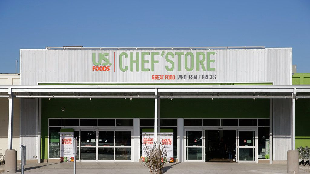 The exterior of Chef'store in Farmers Branch