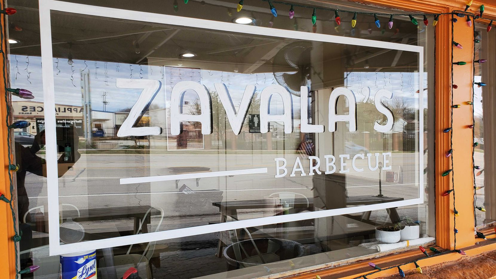 Zavala's Barbecue opened a permanent restaurant in Grand Prairie in 2019 and is now operating it as a to-go business.