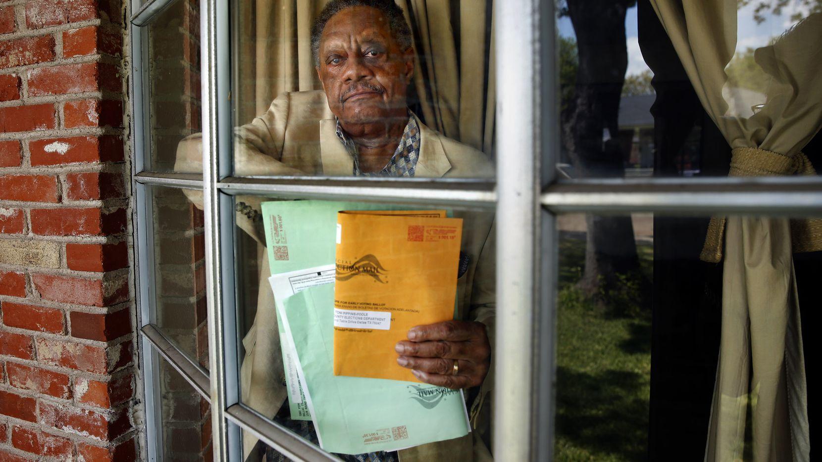 Tony Green envió su voto por correo y luego se lo devolvieron. Trató de enviarlo otra vez, pero luego se enteró que su sufragio no fue contado.