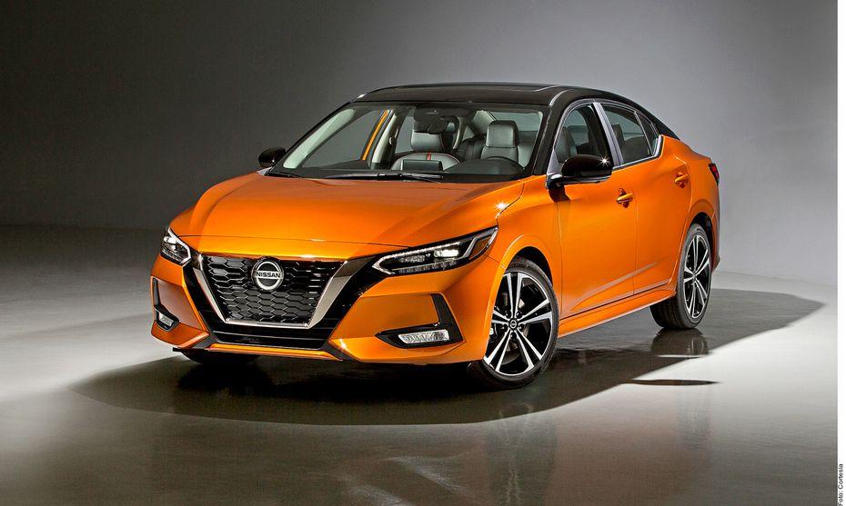 El nuevo Sentra de Nissan estrena look exterior, motor y plataforma.