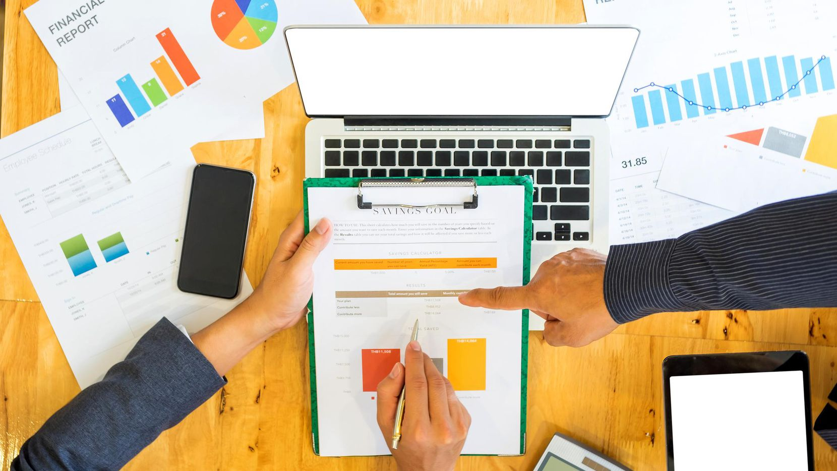 El IRS ofrece una herramienta en línea y en español para declarar impuestos. (iSTOCK/GETTY IMAGES)