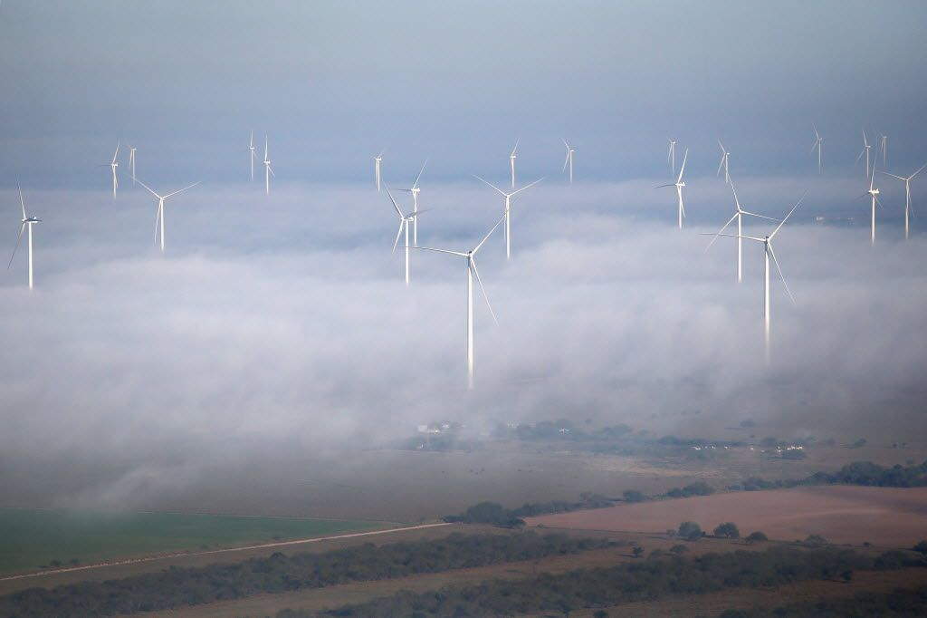 LA GRULLA, TX - DECEMBER 10:  A fog lifts as windmills turn near the U.S.-Mexico border on December 10, 2015 near La Grulla, Texas. Border security remains a key issue in the U.S. Presidential campaign.  (Photo by John Moore/Getty Images)