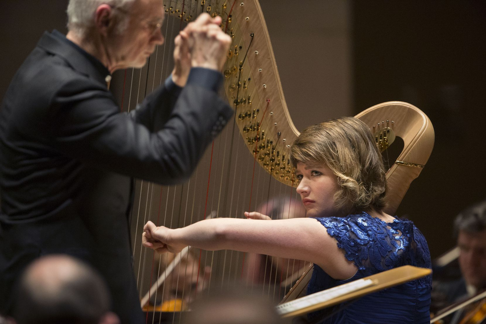 On Monday, Emily Levin, the principal harpist of the Dallas Symphony Orchestra, performed a live, full-length recital from her living room.