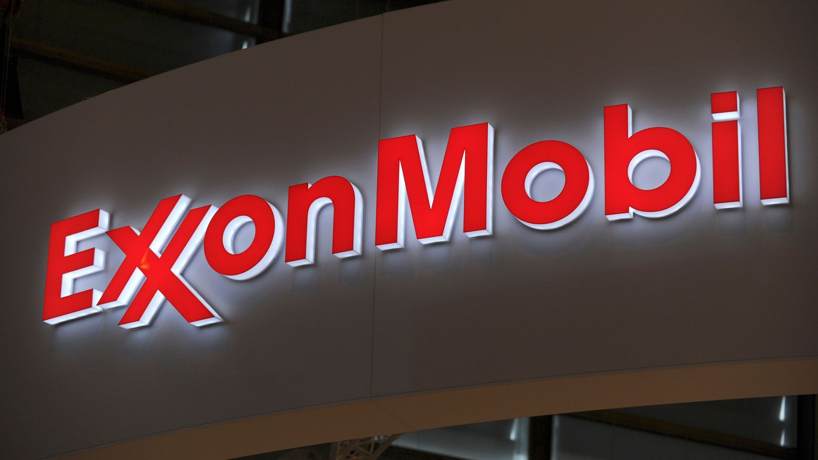 Exxon Mobil's stock price had been on a nine-day rally as oil prices rose.