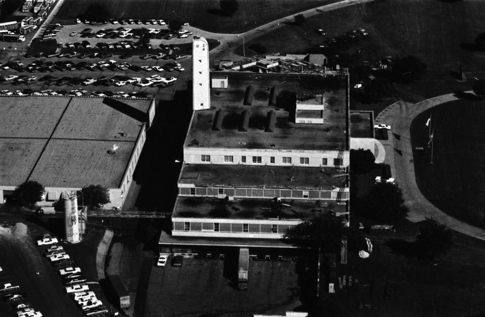 October 1973 - aerial photo [ taken from blimp ] - dr pepper bottling plant - mockingbird lane