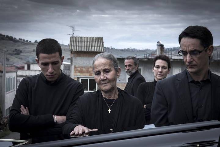 (L-R) Leo (Giuseppe Furno), Rosa (Aurora Quattrocchi), Luciano (Fabrizio   Ferracane), Antonia (Anna Ferruzzo) and Rocco (Peppino Mazzotta) in a scene from   Black Souls