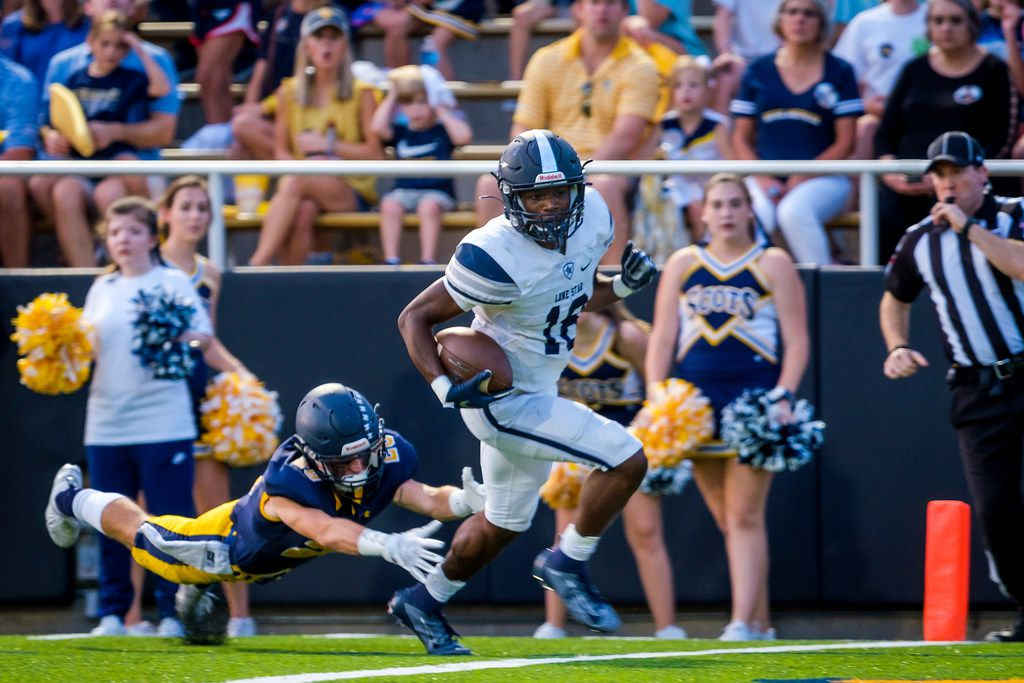 Frisco Lone Star wide receiver Marvin Mims led Dallas-area players in receiving yards (1,866) and receiving touchdowns (24) in the regular season. (Smiley N. Pool/The Dallas Morning News)