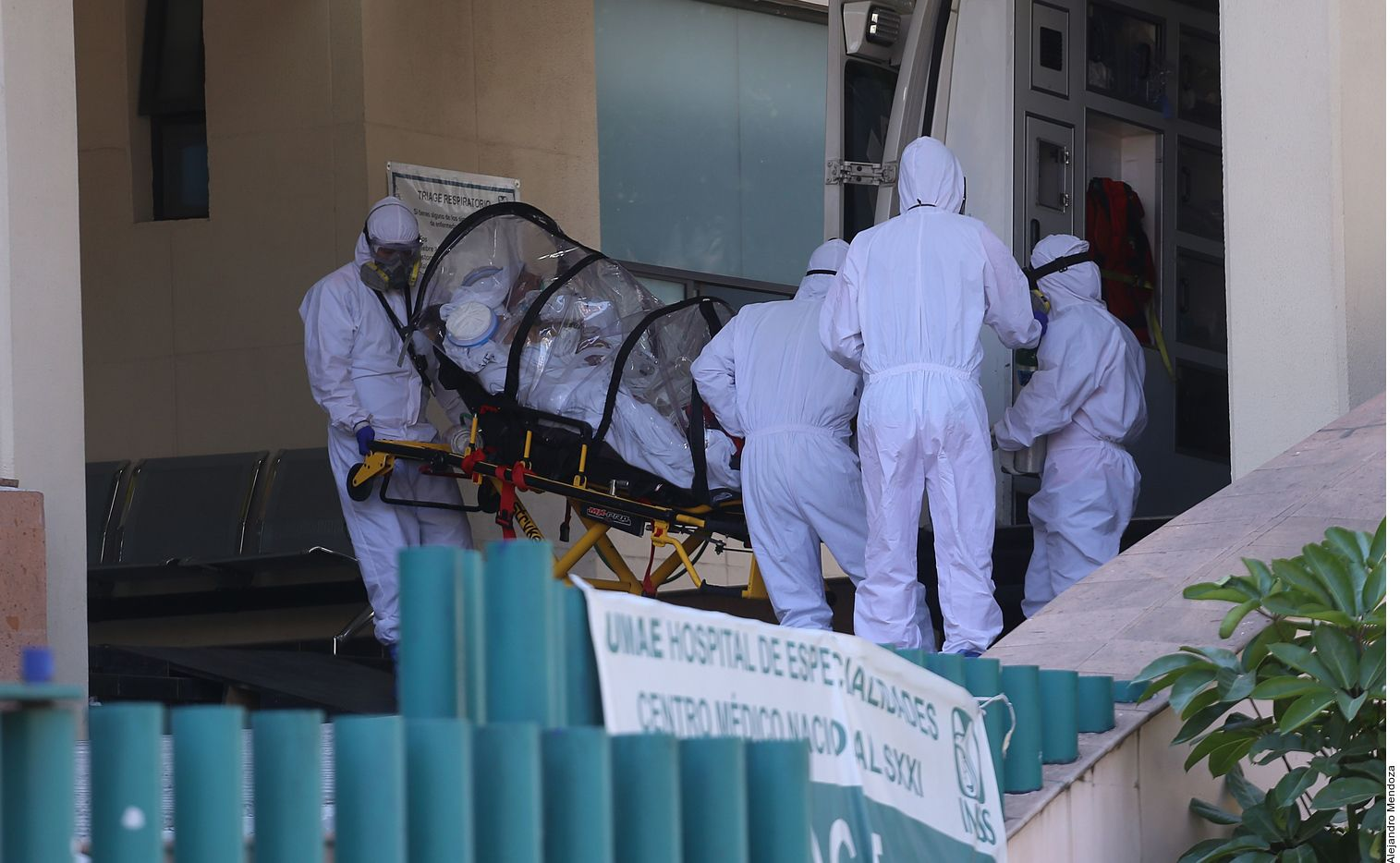 La Secretaría de Salud de México reportó el miércoles 22,711 casos más de covid-19, la cifra más alta para un día en toda la pandemia; México rebasó 3 millones de contagios acumulados.
