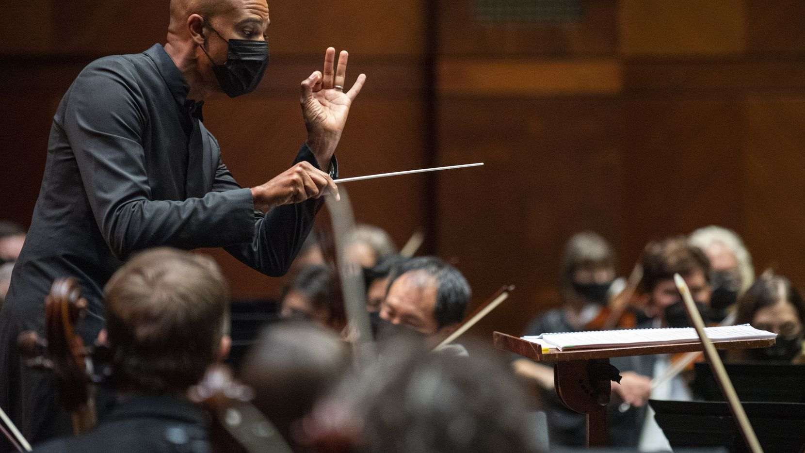 Kevin John Edusei conducts the Fort Worth Symphony Orchestra in a performance of 'Pulse' by Brian Raphael Nabors on Sept. 17 at Bass Performance Hall in downtown Fort Worth.