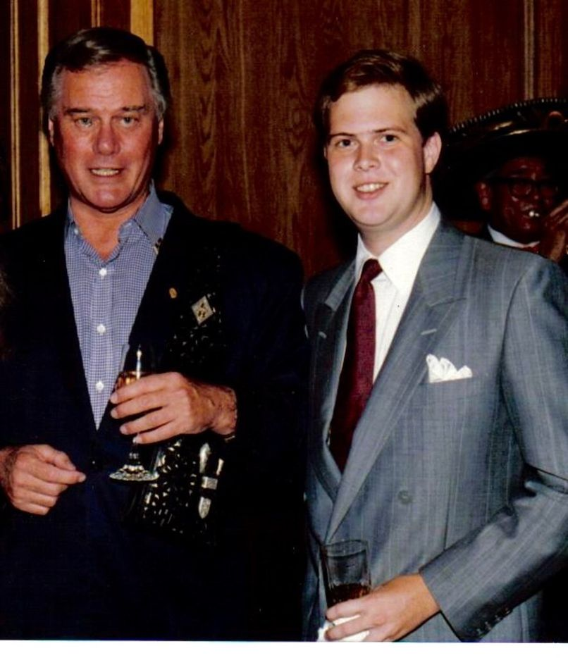 A 1987 photo of Dallas TV star Larry Hagman and 'Dallas Morning News' staff writer Alan Peppard.