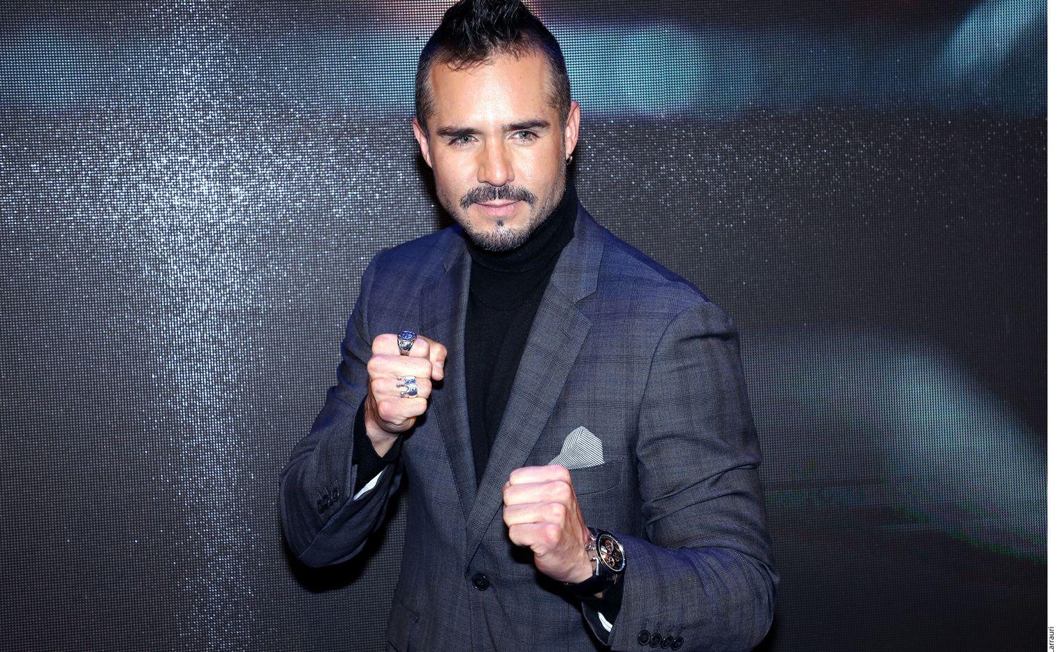 La historia de Ringo se enfoca en un joven boxeador (José Ron) que se enfrentará a diferentes obstáculos para convertirse en un campeón y lograr reencontrarse con su hijo, quien le fue arrebatado por su madre. (AGENCIA REFORMA)