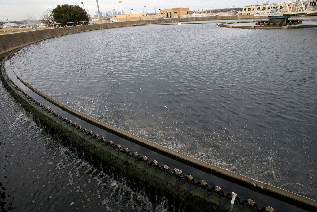 The edge of the final clarifier which removes the remaining suspended solids at the Central Wastewater Treatment Plant in Dallas on Feb. 16, 2018.  (Nathan Hunsinger/The Dallas Morning News)