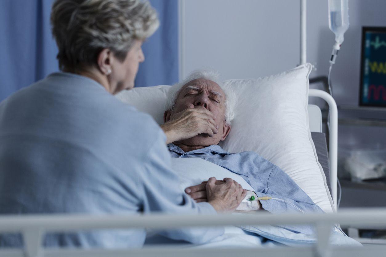 Los adultos mayores tienen un riesgo más alto que otros grupos.