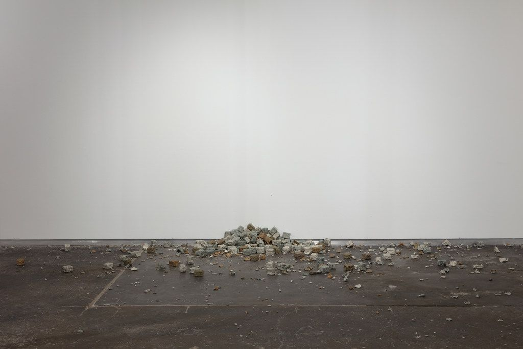The broken cobblestones of Alicja Kwade's TonSteineScherben suggest the gesture of stone-throwing as an empty, even impotent gesture.