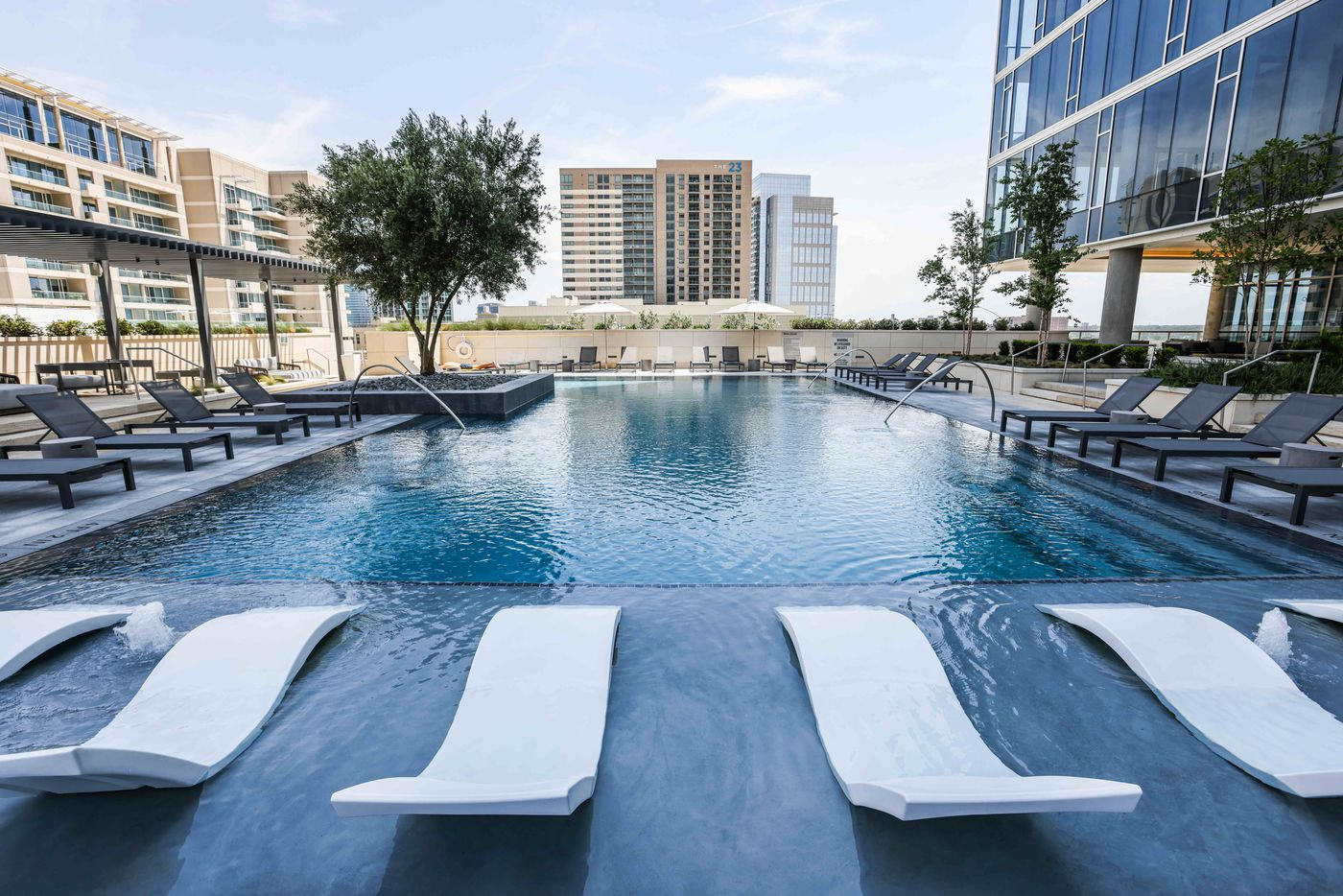 Pool at The Victor in Dallas.. (Lola Gomez/The Dallas Morning News)