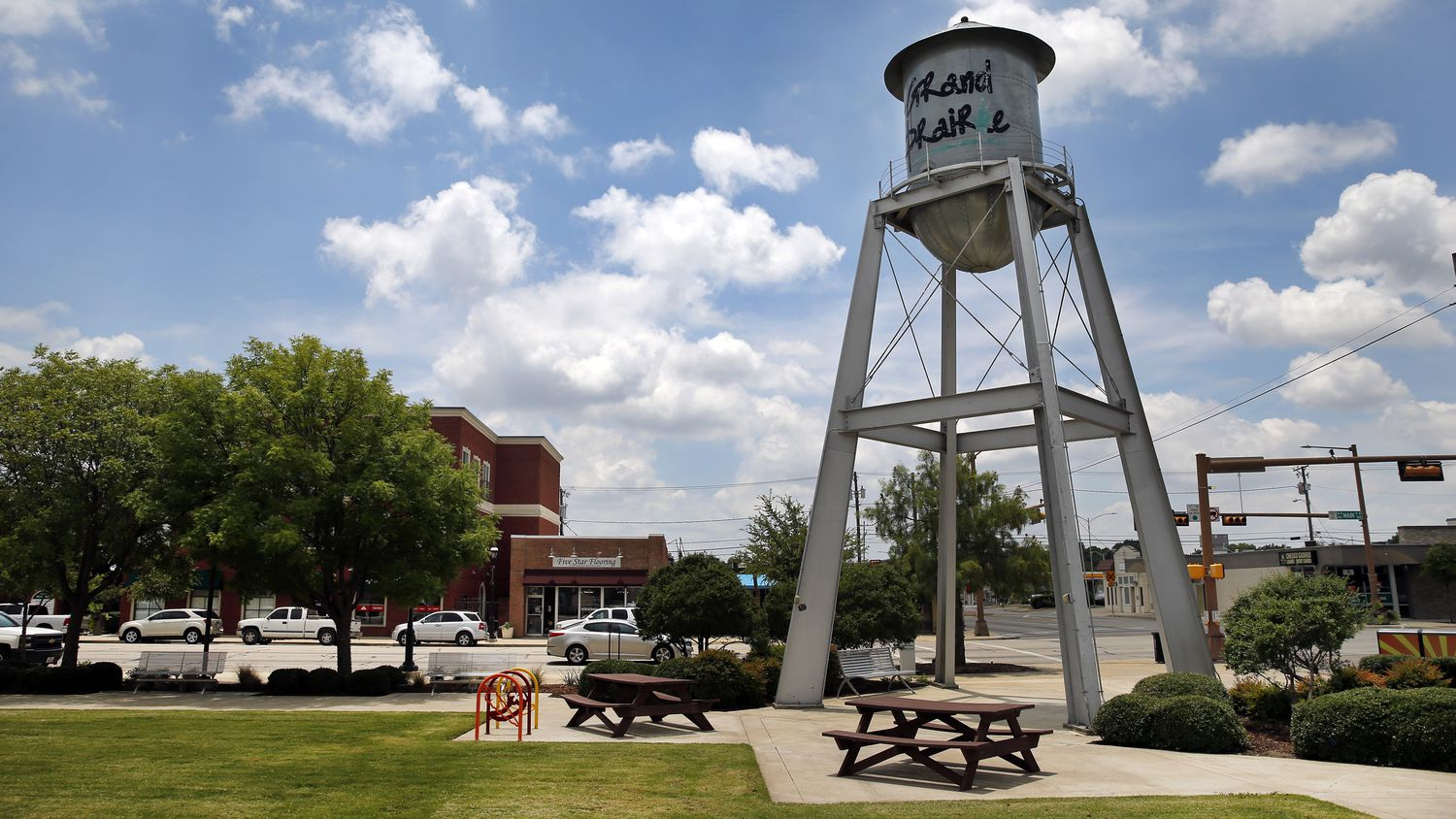 A small water tower stands at the Market Square on Main St. in downtown Grand Prairie, Texas, Thursday, June 25, 2020. (Tom Fox/The Dallas Morning News)