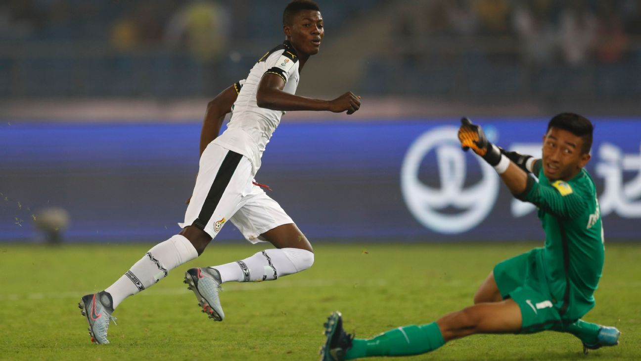 Ghana's Richard Danso scores against India in New Delhi during the 2017 FIFA U-17 World Cup.